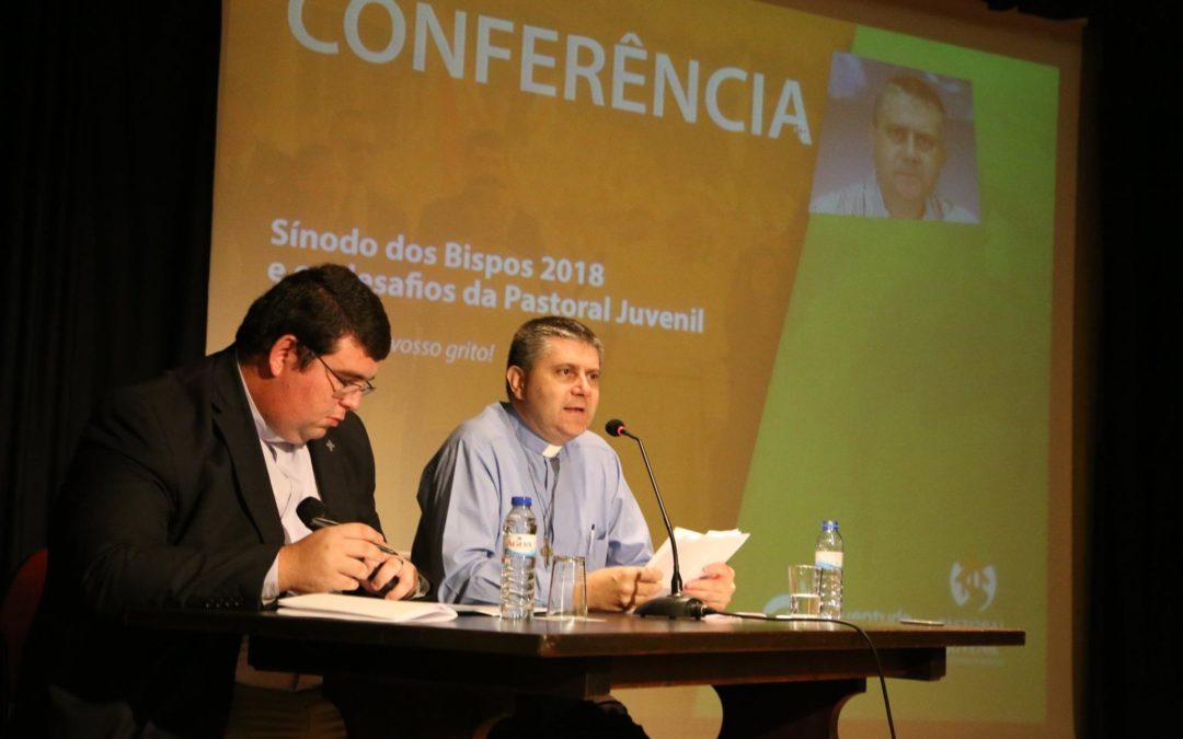 «Os jovens, a fé e o discernimento vocacional» – padre Rossano Sala (conferência)