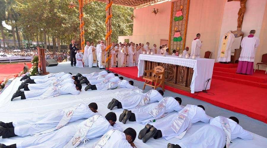 Papa Francisco convida à «escuta, discernimento e vida» – Dia Mundial das Vocações 2018