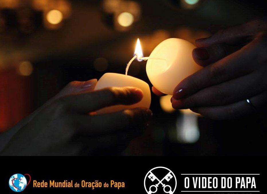 Papa convida a rezar pelos que estão «ao serviço da transmissão da fé»