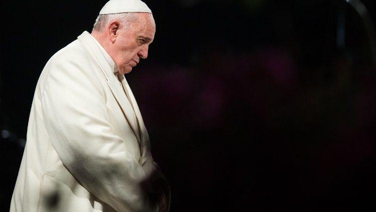 Papa convida a participar nas «24 horas de oração para o Senhor»