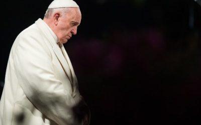 Papa convoca momento oração e dioceses portuguesas e espanholas rezam o Rosário