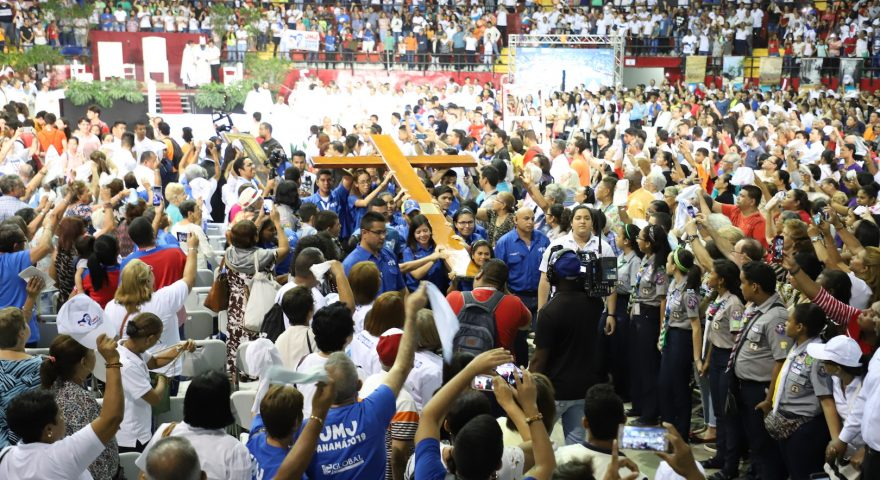Jovens devem ter um «protagonismo ativo» na evangelização no ambiente digital – D. João Lavrador