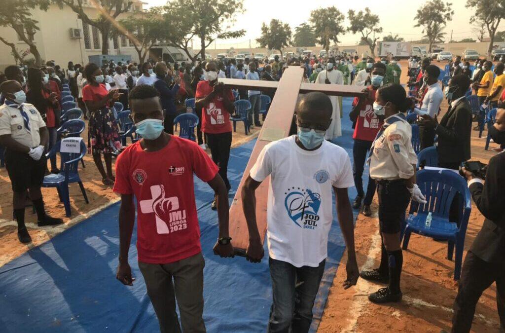 Símbolos da Jornada Mundial da Juventude confiados aos jovens de Luanda